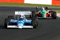 #65 Alain De Blandre (B) Ryschka Motorsport, CART Lola Cosworth 2.8 V8 Turbo, and #32 Florent Moulin (F) Ecurie Florent Moulin, F1 Benetton B188 Cosworth 3.5 V8