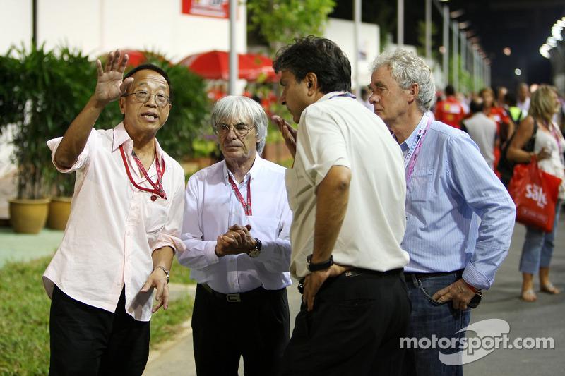 Bernie Ecclestone, Formel-1-Boss