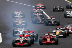 Start of the race, Lewis Hamilton, McLaren Mercedes, Kimi Raikkonen, Scuderia Ferrari battle for the lead