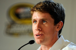 Carl Edwards speaks with reporters at the 2008 Championship Contenders Press Conference