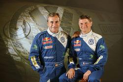 Volkswagen Motorsport: el piloto Carlos Sainz y su copiloto Michel Périn