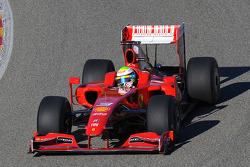 Felipe Massa test ediyoryeni Ferrari F60