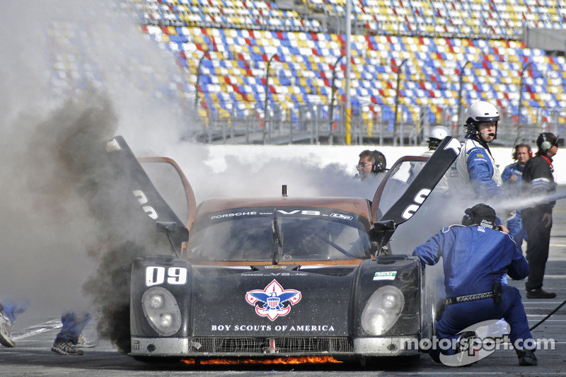 #09 Spirit of Daytona Racing Porsche Coyote: Guy Cosmo, Jason Pridmore, Scott Russell, Jeff Ward catches fire during a pit stop