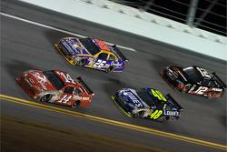 Tony Stewart, Stewart-Haas Racing Chevrolet, Jamie McMurray, Roush Fenway Racing Ford, Jimmie Johnson, Hendrick Motorsports Chevrolet, David Stremme, Penske Racing Dodge