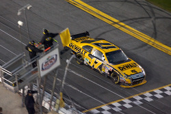 Matt Kenseth, Roush Fenway Racing Ford takes the yellow flag as the race is stopped because of the r