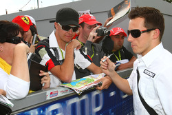 Christian Klien, Test Driver, BMW Sauber F1 Team signing autographs for the fans