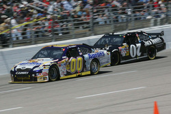 David Reutimann, Michael Waltrip Racing Toyota, Casey Mears, Richard Childress Racing Chevrolet