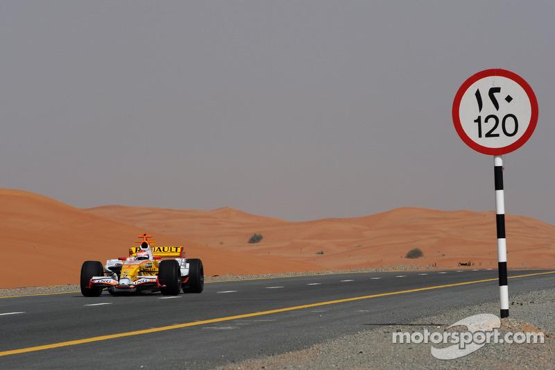 Romain Grosjean in Dubai 2009