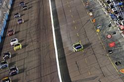 Robby Gordon, Robby Gordon Motorsports Dodge, brings his damaged car down pit road