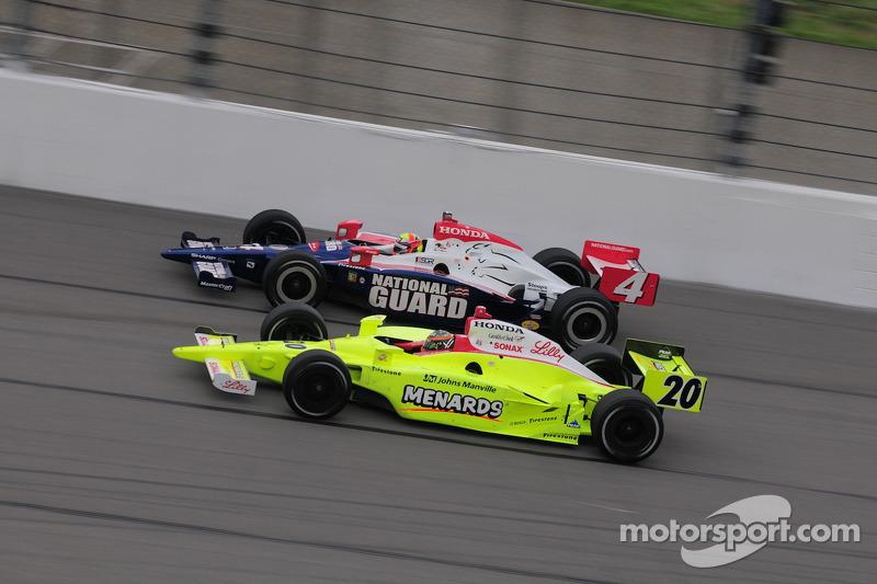 Dan Wheldon, Panther Racing and Ed Carpenter, Vision Racing run together