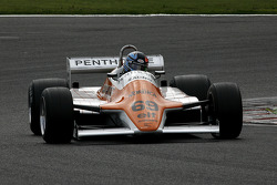 Rowland Kinch (GB) Arrows A4-2 N°69, G-Cat Racing (1982)