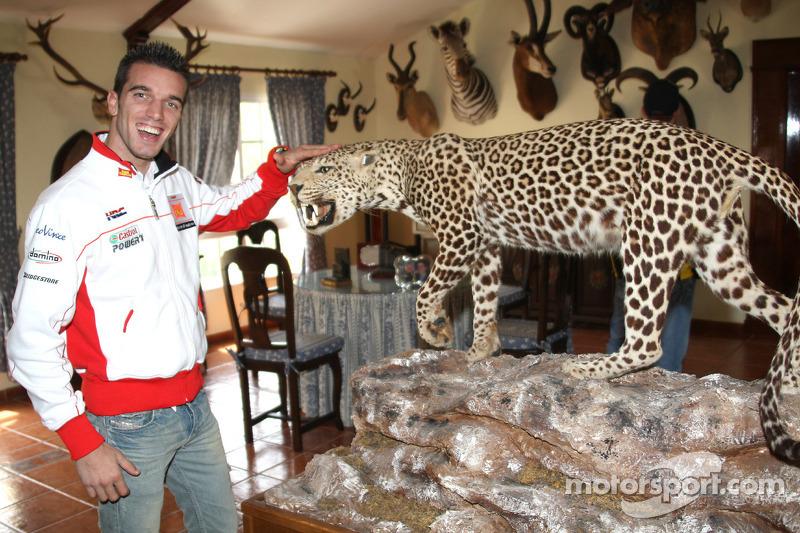 Alex De Angelis, San Carlo Honda Gresini, visitar un rancho en el sur de España
