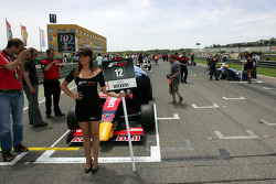 Robert Wickens starts race one from pole position on the grid