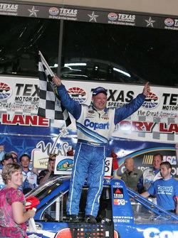 Célébration de Todd Bodine, Copart.com Toyota