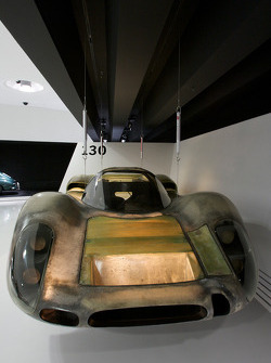 Porsche 908 chassis on display on the theme of light weight