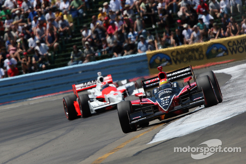 Wilson's small mistake in the season-opener at St. Pete had allowed Briscoe to slip past in the late stages. At Watkins Glen, Wilson took the lead from Briscoe early on and there would be no gifts to his pursuer...