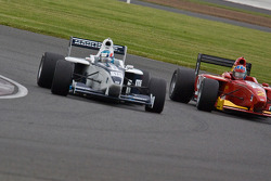 Trital Vautier takes the lead from Richard Plant