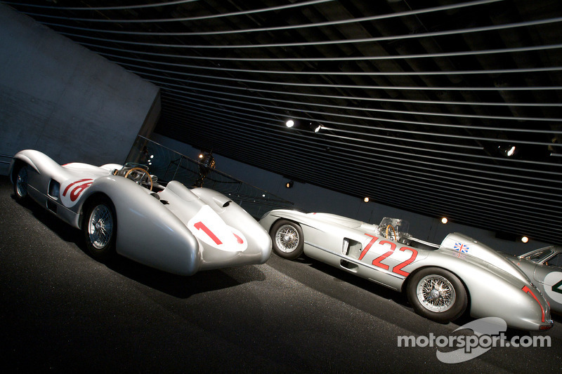 Silver arrows: 1955 Mercedes-Benz W 196 R 2.5-liter streamlined Formula One racing car and 1955 Mercedes-Benz 300 SLR racing sports car