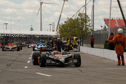 Danica Patrick, Andretti Green Racing heads to pace laps