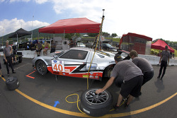 Pit stop practice for #40 Robertson Racing Doran Ford GT MK 7