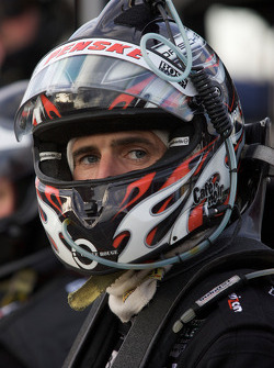 Romain Dumas waits for his stint
