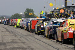 Cars ready to go on pit road