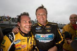 Rires entre Jacques Villeneuve et Mike Wallace