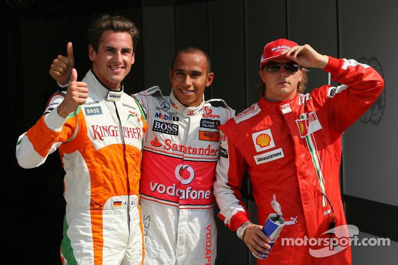 Hamilton con Adrian Sutil y Kimi Raikkonen en un sorprendente 1-2-3 en parrilla logró su 15ª pole en Monza 2009