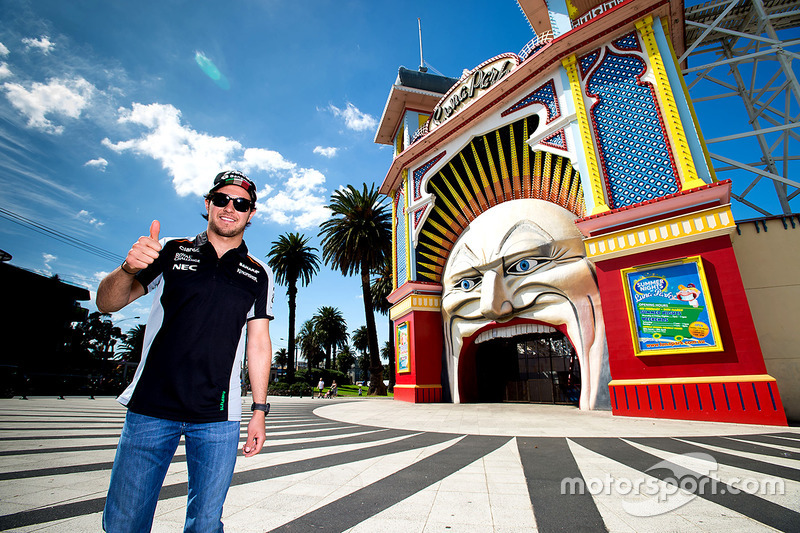 Sergio Perez, Sahara Force India F1 visits Luna Park