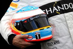 Helm von Fernando Alonso, McLaren