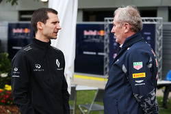 Remi Taffin, Renault Sport F1 Engine Technical Director with Dr Helmut Marko, Red Bull Motorsport Consultant