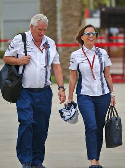 Pat Symonds, Williams director técnico con Claire Williams, director del equipo Williams adjunto