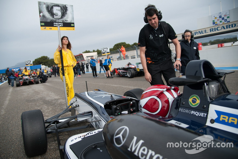Grid girl (F3 Europeia)