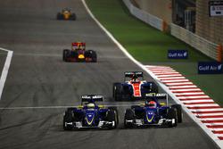 Marcus Ericsson, Sauber C35 and Felipe Nasr, Sauber C35