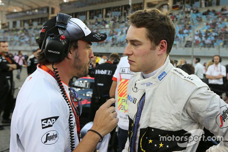 Vandoorne le sustituyó en Bahrein pese a la insistencia de McLaren