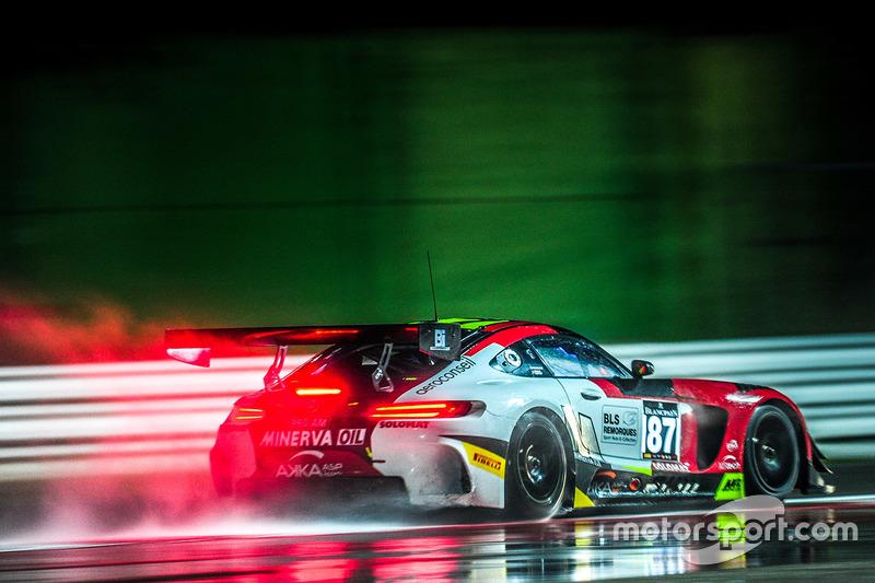 #5: Mercedes AMG GT3 im Regen