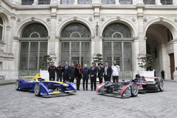Loic Duval; Jérone D'ambrosio; Alejandro Agag, Formula E CEO; Alain Prost, Anne Hidalgo, Major of Paris; Jean Todt, FIA Président; Patrick Kanner, French Minister for Sport; Rachida Dati, french european parliament delegate and major of 7th district of Par