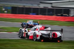 Abflug: #6 Toyota Racing Toyota TS050 Hybrid: Stéphane Sarrazin, Mike Conway, Kamui Kobayashi