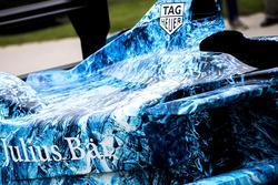 La livrea iceberg sulla vettura di Formula E che sarà messa all'asta per raccogliere fondi per combattere il cambiamento climatico