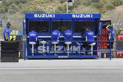 Піт-вол команди Suzuki MotoGP