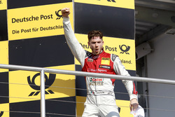 Podium: juara lomba Edoardo Mortara, Audi Sport Team Abt Sportsline, Audi RS 5 DTM