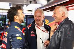 Dietrich Mateschitz, Red Bull eigenaar met Dr Helmut Marko, Red Bull Motorsport Consultant en Daniel Ricciardo, Red Bull Racing