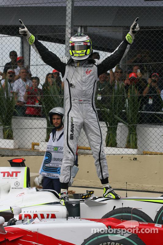 Jenson Button, BrawnGP gana el Campeonato del mundo