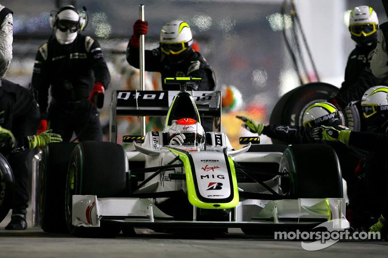 Rubens Barrichello, Brawn GP during pitstop