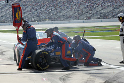 Pit stop for Shelby Howard
