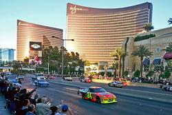 Top 12 victory lap parade: Jeff Gordon, Hendrick Motorsports Chevrolet