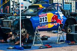 Equipe Volkswagen Motorsport au travail