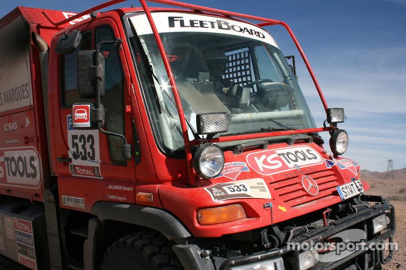 #533 Mercedes: Thomas Wallenwein et Serge Cabiro