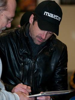 Patrick Dempsey participe à un évènement pour les fans