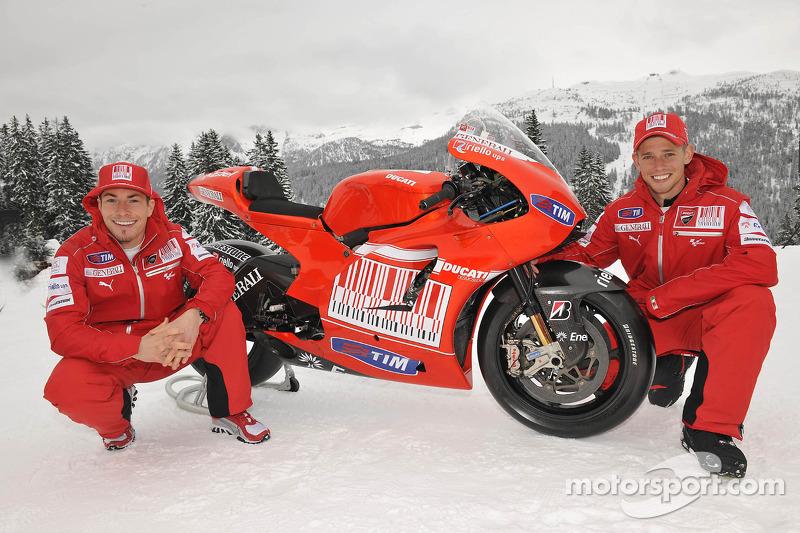 Ducati Desmosedici 2010 - Nicky Hayden e Casey Stoner